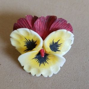 Deep CARVED IVORY PANSY FLOWER pin VINTAGE